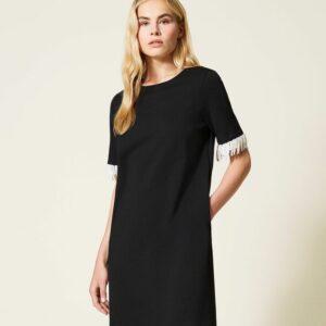 sukienka czarna mini krótki rekaw wykończony perełłkami