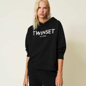 bluza czarna twinset z białym wyhaftowanym loto